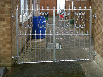 Gates Railings06